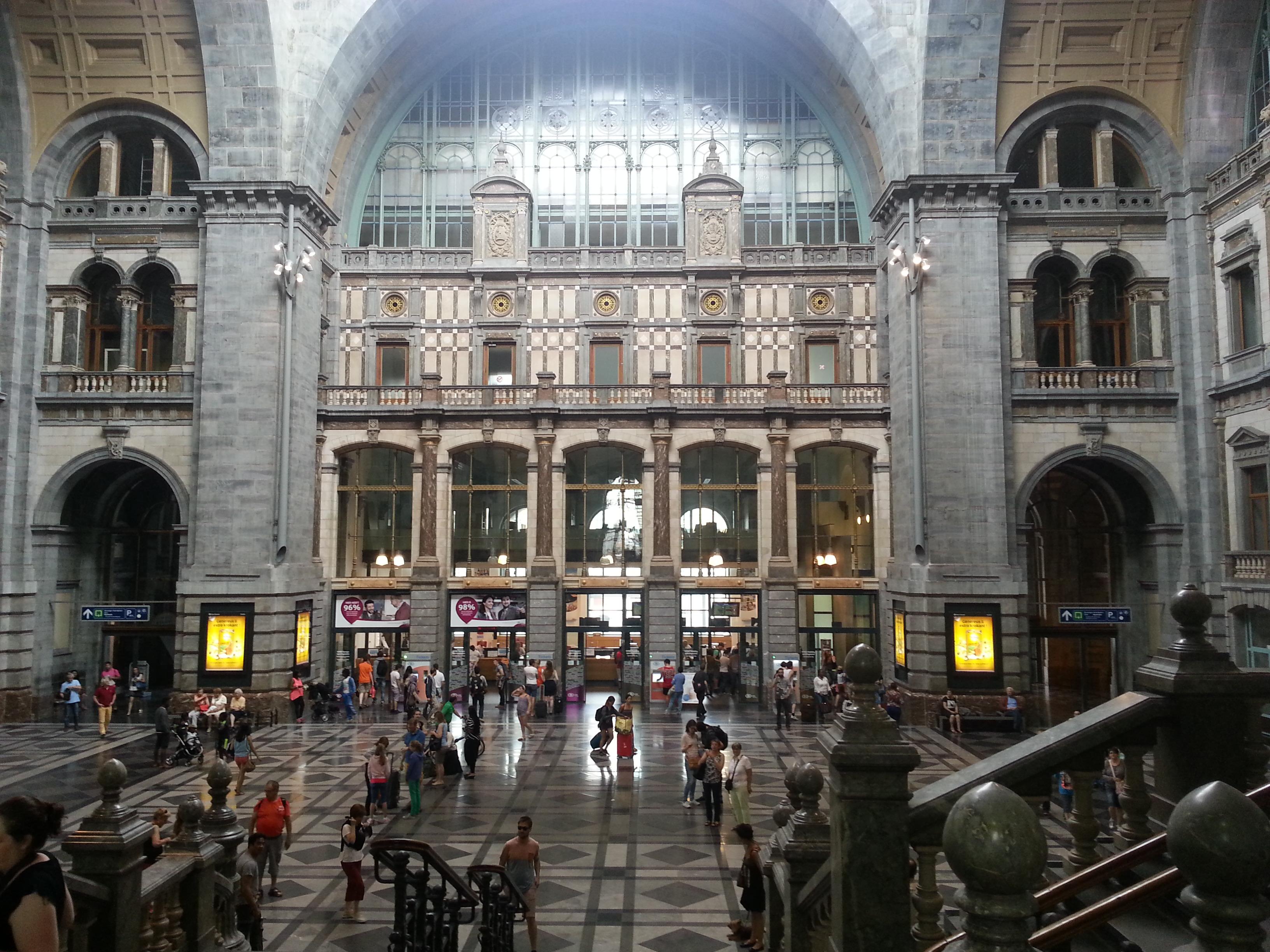 Antwerpen_Bahnhof3