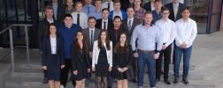 Freisprechungsfeier der 19 Absolventen