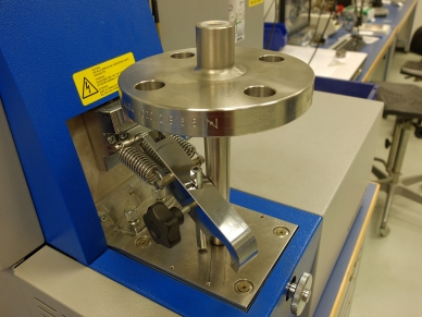 PMI test: Spectrographic analysis on a WIKA model TW10 flange thermowell
