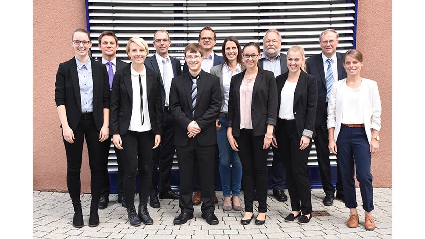 Gruppenfoto der Bachelorenten 2017