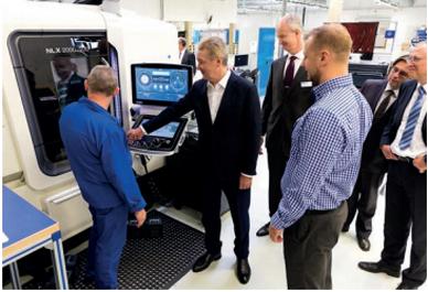 Hightech-Produktionsanlagen stießen auf großes Interesse bei Moskaus Bürgermeister Sergej Sobjanin