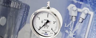 Hygienic-Manometer: IP68 bei Reinigung von außen.